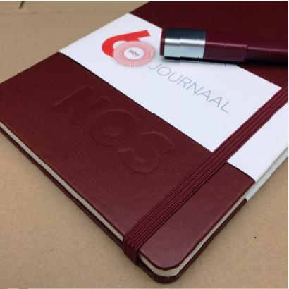Moleskine notitieboek bedrukt met eigen logo blindpreeg vanaf 20 stuks - The Notepad Factory