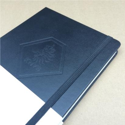 Moleskine notitieboek bedrukt met eigen logo blinddruk The Notepad Factory