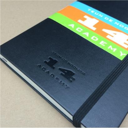 Molesekine notitieboek bedrukt met eigen logo en voorzien van eigen banderol. Vanaf 20 stuks The Notepad Factory