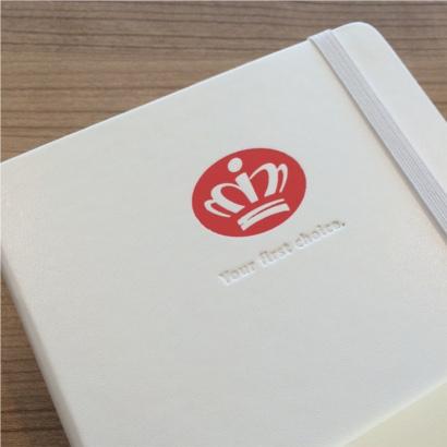 Moleskine notitieboek White bedrukt met eigen logo blindpreeg & foliedruk - The Notepad Factory